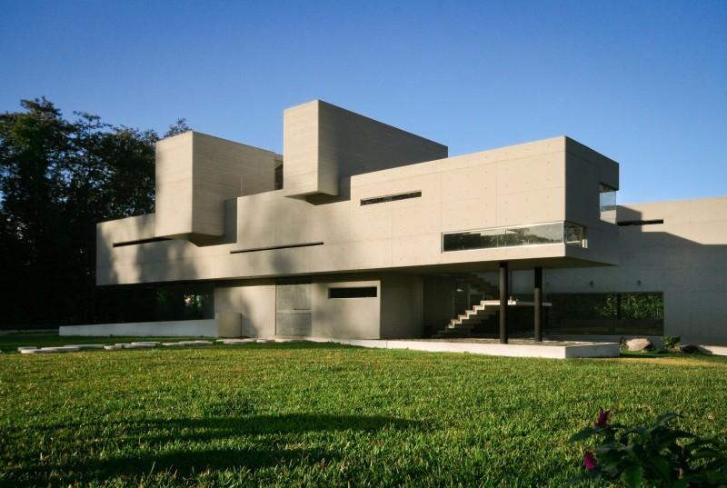 Rp arquitectos casa briones coolhuntermx - House paint design exterior concept ...