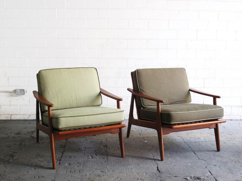 Muebles fantasma coolhuntermx - Sillones de madera antiguos ...