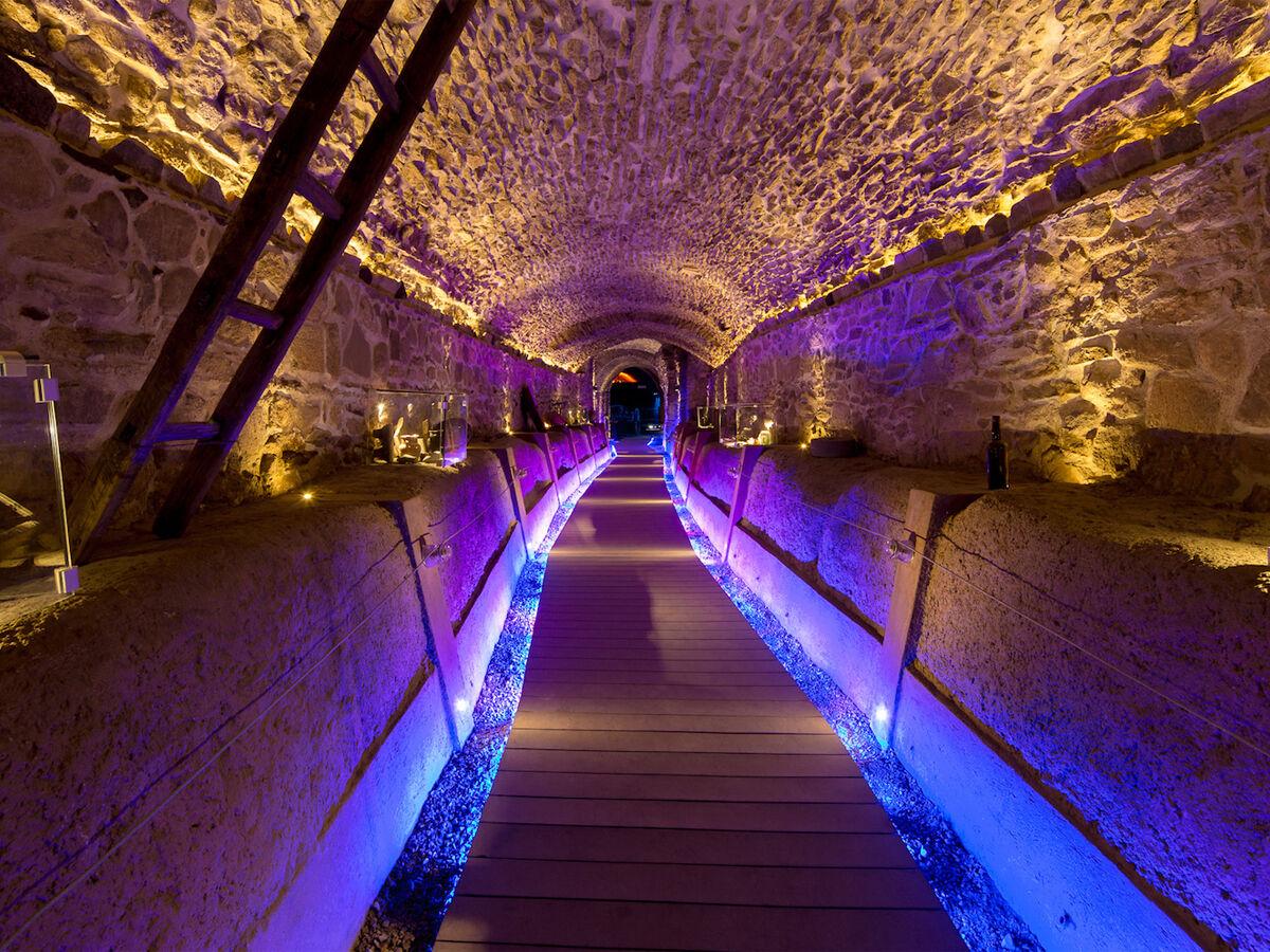 Bajo el corazón de la ciudad, hay una red de túneles de al menos 10 kilómetros de longitud.