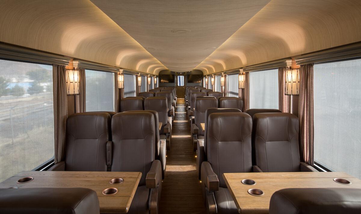 Interior del Chepe Express.